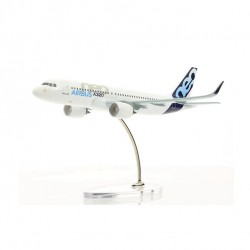 Airbus 1:200 A320 Neo Diecast Model