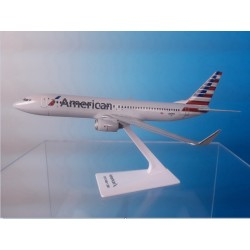 Flight Miniatures 1:200 AMERICAN B737-800